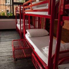 The Dictionary Hostel Кровать в общем номере с двухъярусной кроватью