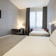 Отель ILUNION Bel-Art 4* Стандартный номер с различными типами кроватей фото 17