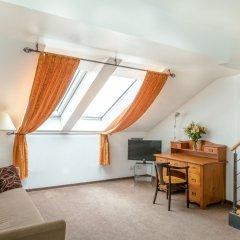 Hotel Leonardo Prague 4* Номер категории Премиум с различными типами кроватей