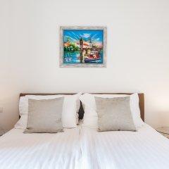 Отель Old Town Boutique Suites 4* Улучшенные апартаменты с различными типами кроватей
