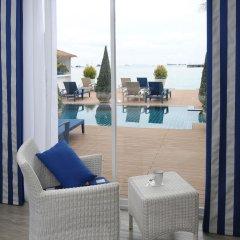 Отель Phuket Boat Quay 4* Улучшенный номер с различными типами кроватей