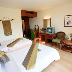 Patong Lodge Hotel комната для гостей фото 15