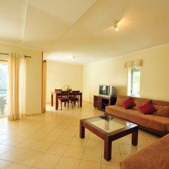 Отель Parque Mourabel, Oasis Village, Pe do Lago Улучшенные апартаменты разные типы кроватей