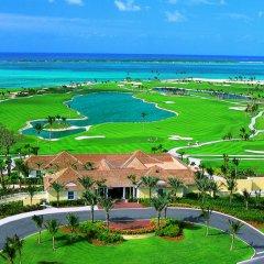 Отель The Cove at Atlantis, Autograph Collection гольф
