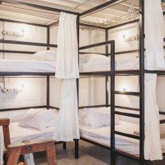 Nivas Siam Hostel Кровать в женском общем номере