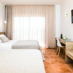 Отель RVHotels Nieves Mar 3* Стандартный номер с двуспальной кроватью