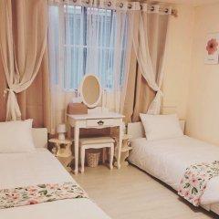 Eclasse Gangnam - Hostel Кровать в женском общем номере с двухъярусной кроватью