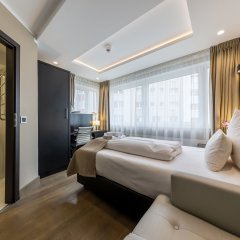 Skyline Hotel 4* Стандартный номер с различными типами кроватей