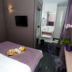 Saint Charles Hotel 3* Стандартный номер с двуспальной кроватью