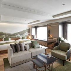 Отель Sheraton Grande Walkerhill Люкс с различными типами кроватей