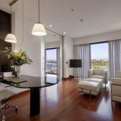 Отель Hilton Madrid Airport 4* Представительский люкс с различными типами кроватей