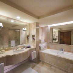 Отель Conrad Centennial Singapore ванная