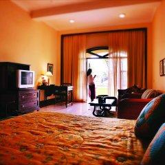 Отель The LaLiT Golf & Spa Resort Goa 5* Люкс с различными типами кроватей