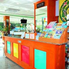 Отель Phaithong Sotel Resort внутренний интерьер