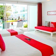 Отель The Old Phuket - Karon Beach Resort 4* Улучшенный номер с разными типами кроватей фото 6