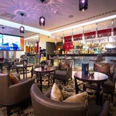 Отель Crowne Plaza London Kensington гостиничный бар