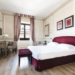 FH55 Hotel Calzaiuoli 4* Улучшенный номер с различными типами кроватей