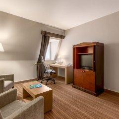 Отель NH Brussels Carrefour de l'Europe комната для гостей фото 9