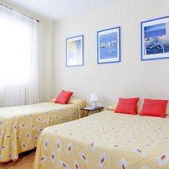 Отель Hostal Salamanca Стандартный номер с различными типами кроватей (общая ванная комната) фото 2