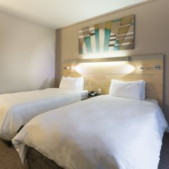 Отель Holiday Inn Express Sandton Woodmead 3* Стандартный номер с различными типами кроватей