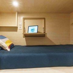 Хостел Take Conil Кровать в общем номере с двухъярусной кроватью