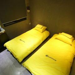 Отель 24 Guesthouse Garosu-gil (Gangnam) 2* Кровать в женском общем номере с двухъярусной кроватью