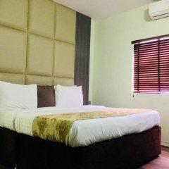 De Brit Hotel 3* Люкс с различными типами кроватей