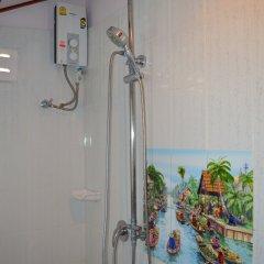 Отель Sayang Beach Resort Koh Lanta 3* Бунгало с различными типами кроватей
