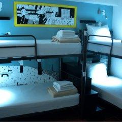 Fénix Beds Hostel Кровать в общем номере с двухъярусной кроватью