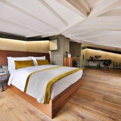 Отель Ikonik The Public 4* Улучшенный номер с двуспальной кроватью