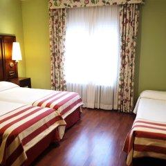 Hotel Husa Urogallo 2* Стандартный номер с различными типами кроватей
