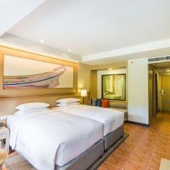 Отель Phuket Marriott Resort & Spa, Merlin Beach 5* Стандартный номер с различными типами кроватей фото 6
