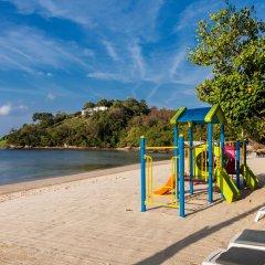 Отель Thavorn Beach Village Resort & Spa Phuket спортивное сооружение