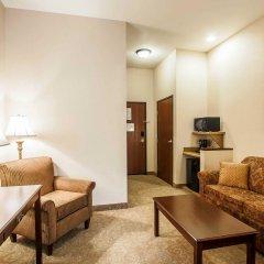 Отель Comfort Inn And Suites McMinnville 2* Люкс с различными типами кроватей
