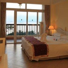 Sanya Golden Phoenix Sea View Hotel 4* Люкс с различными типами кроватей