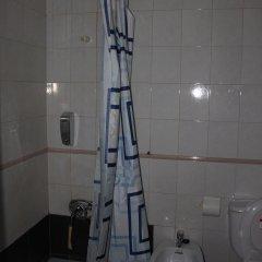 Отель Pensión Sea of Clouds Номер с общей ванной комнатой с различными типами кроватей (общая ванная комната)