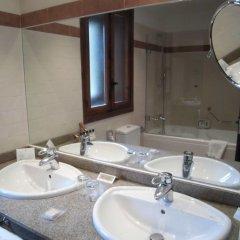 Отель Parador De Bielsa Huesca ванная