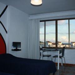 Отель Apartaments La Perla Negra Студия Делюкс с различными типами кроватей