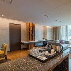Отель Lancaster Bangkok 5* Апартаменты Премиум с различными типами кроватей
