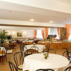 Quality Hotel Rouge et Noir Roma ресторан