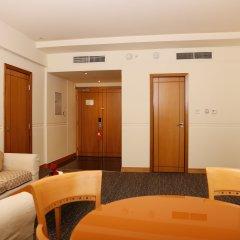 Отель J5 Hotels - Port Saeed Люкс повышенной комфортности с разными типами кроватей
