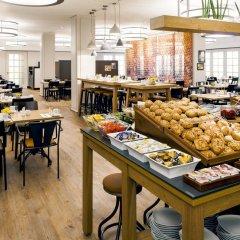 Munich Marriott Hotel место для завтрака
