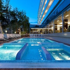 Aqua Hotel открытый бассейн