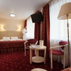 Амакс Премьер Отель Студия разные типы кроватей