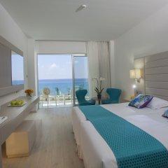 King Evelthon Beach Hotel & Resort 5* Стандартный номер с различными типами кроватей