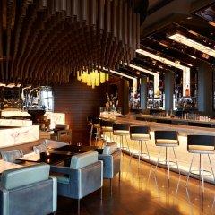 Отель Fairmont Baku at the Flame Towers гостиничный бар