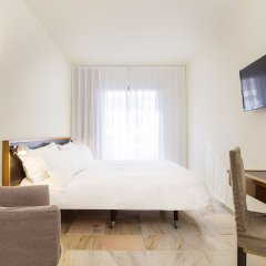 Expo Hotel Barcelona 4* Стандартный номер с различными типами кроватей фото 17