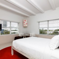Townhouse Hotel 3* Улучшенный номер с различными типами кроватей