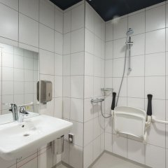 ClinkNOORD - Hostel ванная фото 3
