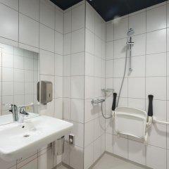 ClinkNOORD - Hostel Амстердам ванная фото 3